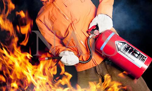 як правильно гасити пожежу
